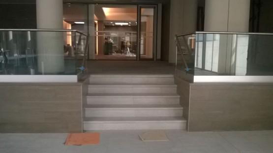balustrada de sticla