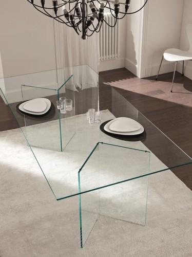masa dining din sticla