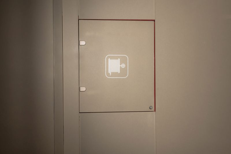Placare cu sticla pentru hidrant