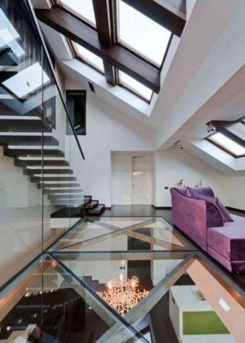 design interior cu pardoseala si balustrada din sticla