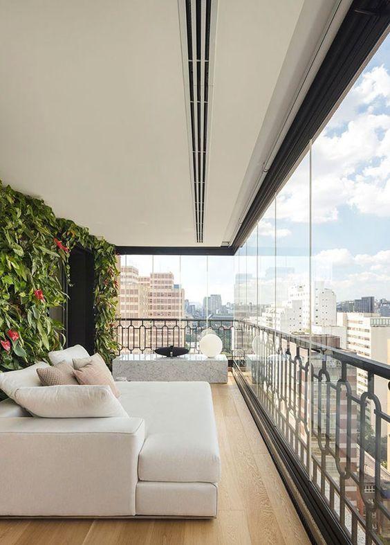 inchidere balcon cu geam glisant securizat